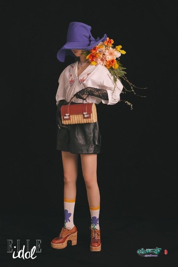 乔欣登《ELLEidol》杂志封面,鲜花+彩妆演绎另类妆容,太有春天的感觉了