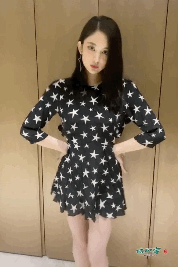 古力娜扎近照,穿星星裙秀迷人舞姿,1499的衣服穿出了一万多的感觉
