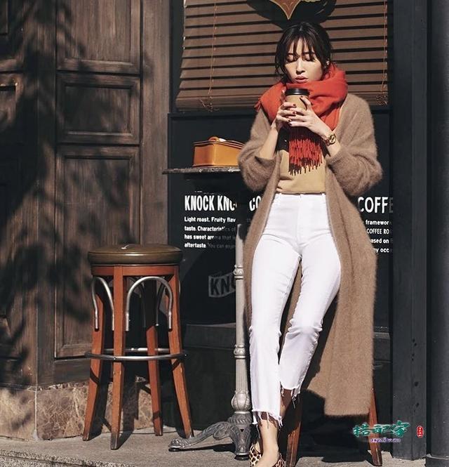 长款针织衫外套怎么穿搭好看