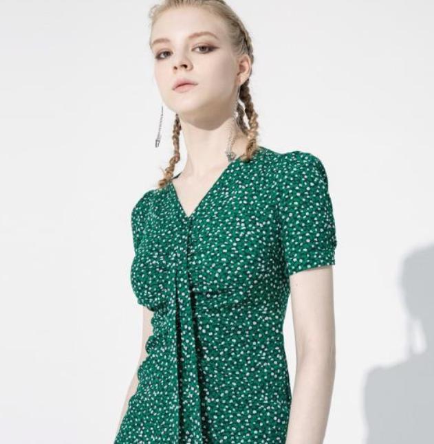 夏天穿什么裙子最合适?