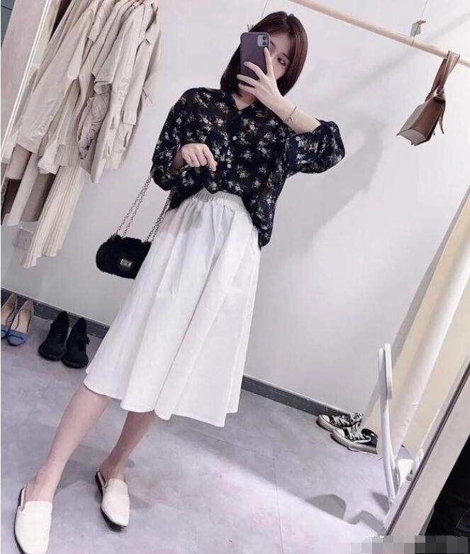 衬衫和裙子怎么穿搭好看?
