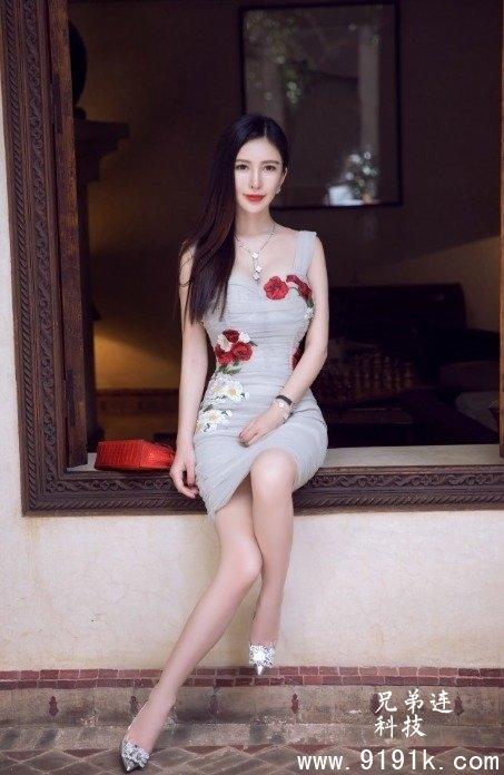 肤白貌美大长腿的御姐,真吸引人!_